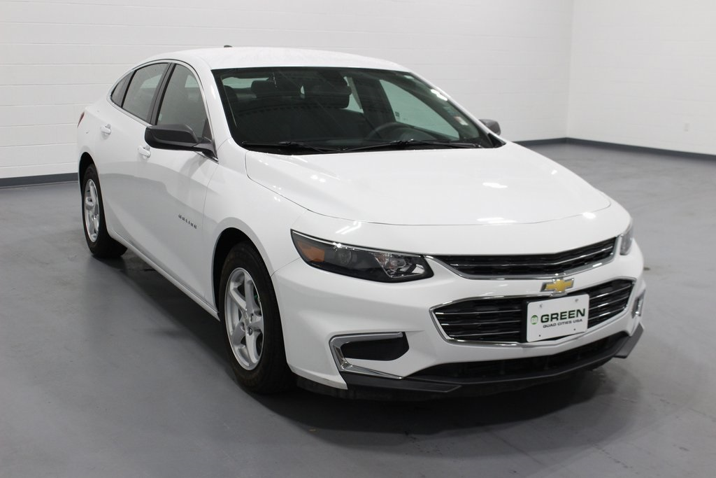 Pre Owned 2018 Chevrolet Malibu Ls Fwd 4d Sedan